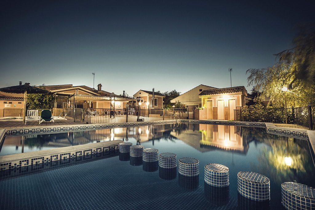 Vacaciones con la familia en complejo rural la tejera for Complejo rural con piscina